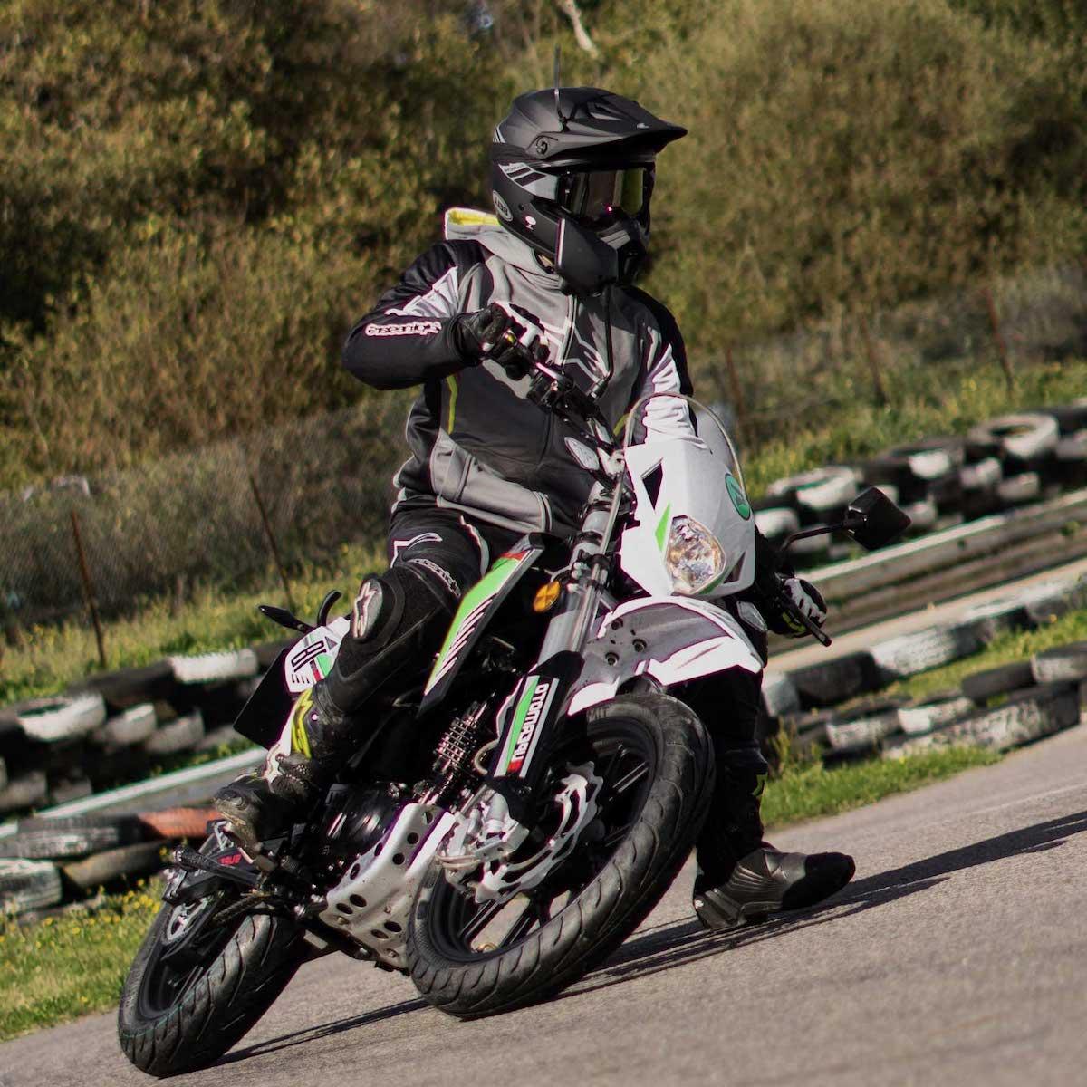 Sinnis Apache SM 125cc Track-Day