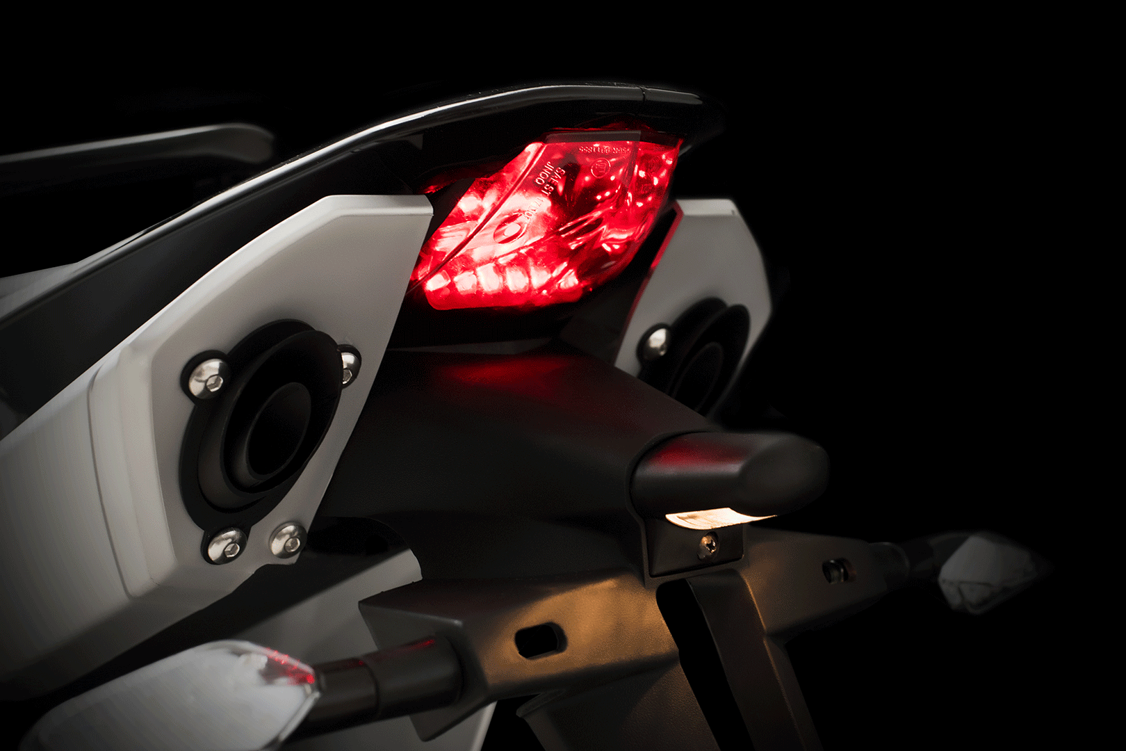 Sinnis Apache SMR 125cc tail light